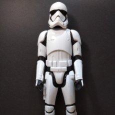 Figuras y Muñecos Star Wars: FIGURA STAR WARS STORMTROOPER-30CM APROX-HASBRO DISNEY-VER FOTOS-B2-V1. Lote 245748355
