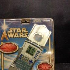 Figuras y Muñecos Star Wars: JEDI DEX - EL ATAQUE DE LOS CLONES DE STAR WARS TIGER ELECTRONICS 2002. Lote 200602178