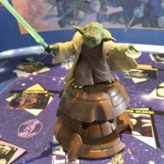Figuras y Muñecos Star Wars: YODA JEDI MASTER HASBRO 2001. Lote 203889395