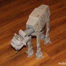 Figuras y Muñecos Star Wars: STAR WARS KENNER AT-AT WALKER 1981 VEHÍCULO INCOMPLETO HOTH LFL VINTAGE. Lote 178893538