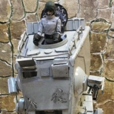 Figuras y Muñecos Star Wars: STAR. WARS. VEHÍCULO AT-AT, CON FIGURA. HECHO A MANO.. Lote 207547770