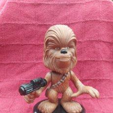 Figuras y Muñecos Star Wars: FIGURA STAR WARS CHEWBACCA FUNKO 2009 CABEZA MOVIL 16 CENTÍMETROS. Lote 213071265