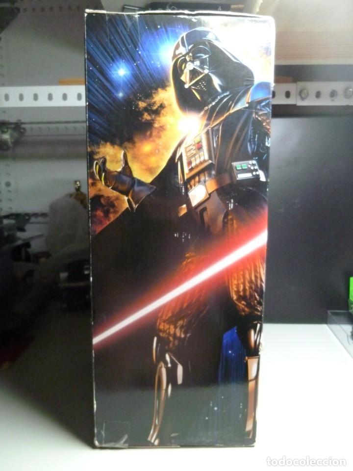 Figuras y Muñecos Star Wars: FIGURA DARTH VADER CON SONIDOS - Foto 4 - 213514440