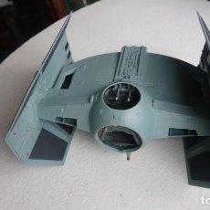 Figuras y Muñecos Star Wars: MAQUETA NAVE TIE CAZA IMPERIAL DARTH VADER STAR WARS TAMAÑO GRANDE HASBRO 2001. Lote 218102296