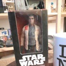 Figuras y Muñecos Star Wars: FIGURA STAR WARS FINN JAKKU. Lote 222308673