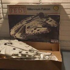 Figuras y Muñecos Star Wars: MAQUETA A ESTRENAR HALCÓN MILENARIO MPC/ERTL. Lote 227195220