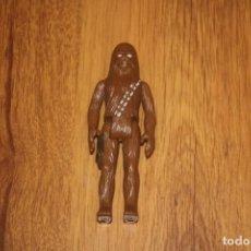 Figuras y Muñecos Star Wars: FIGURA ACCIÓN VINTAGE STAR WARS KENNER CHEWBACCA GMFGI 1977 MANO DAÑADA FIRST 12. Lote 235825250