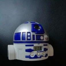 Figuras y Muñecos Star Wars: RELOJ DESPERTADOR PROYECTOR R2 D2 STAR WARS. Lote 235829235