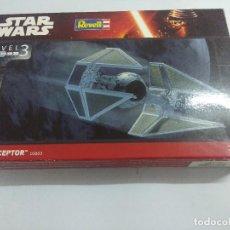 Figuras y Muñecos Star Wars: MAQUETA STAR WARS/TIE INTERCEPTOR/REVELL/SIN USO CON PINTURAS.. Lote 239679215