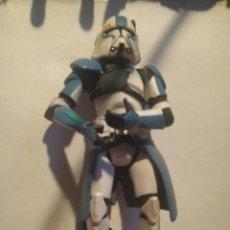 Figuras y Muñecos Star Wars: CLONE COMMANDER (CLONE ATTACK ON CORUSCANT) REVENGE OF THE SITH 2005. Lote 245719810