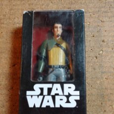 Figuras y Muñecos Star Wars: FIGURA DE KANAN JARRUS DE STAR WARS EN SU CAJA ORIGINAL MIDE 16 CM. Lote 246956380