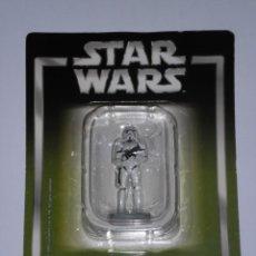 Figuras y Muñecos Star Wars: STAR WARS - SOLDADO DE ASALTO IMPERIAL - (LUCASFILM & TM LTD 2005) - FIGURA METAL . ESCALA 1:32. Lote 247726620