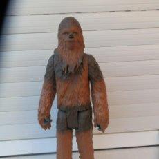 Figuras y Muñecos Star Wars: FIGURA STAR WARS ARTICULADA PERSONAJE CHEWBACCA DE 33 CM DE ALTO. LFL HASBRO.. Lote 249367120