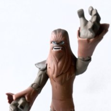 Figuras y Muñecos Star Wars: FIGURA DE COLECCION- CHEWBACCA - DISNEY - LUCAS FILM - 15 CM. Lote 266174158