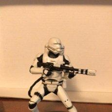Figuras y Muñecos Star Wars: FIGURA DE GOMA DE SOLDADO IMPERIAL DE STAR WARS DE DISNEY. Lote 269210668