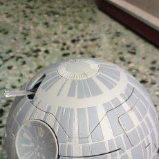 Figuras y Muñecos Star Wars: NAVE Y FIGURAS ESTRELLA DE LA MUERTE. STAR WARS. Lote 269821198