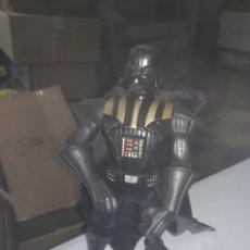 Figuras y Muñecos Star Wars: DARTH VADER FIGURA DE ACCION STAR WARS. Lote 288036303