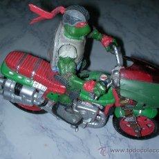 Figuras y Muñecos Tortugas Ninja: FIGURA TORTUGA NINJA EN MOTO. Lote 24720816