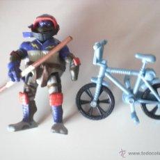 Figuras y Muñecos Tortugas Ninja: MUÑECO TORTUGAS NINJA DONATELLO BIKIN DON DE 13 CM PLAYMATES. Lote 44449000