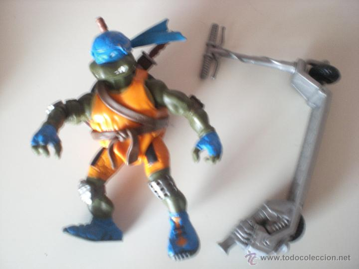 MUÑECO TORTUGAS NINJA LEONARDO BIKIN LEO DE 13 CM PLAYMATES (Juguetes - Figuras de Acción - Tortugas Ninja)