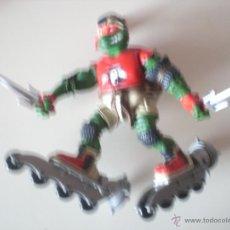 Figuras y Muñecos Tortugas Ninja: MUÑECO TORTUGAS NINJA RAPHAEL BIKIN RAPH DE 13 CM PLAYMATES. Lote 44449211