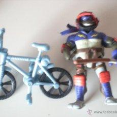 Figuras y Muñecos Tortugas Ninja: MUÑECO TORTUGAS NINJA DONATELLO BIKIN DON DE 13 CM PLAYMATES. Lote 44449286