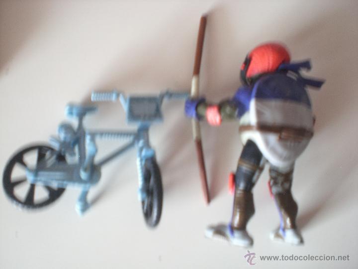 Figuras y Muñecos Tortugas Ninja: Muñeco Tortugas Ninja Donatello Bikin Don de 13 cm Playmates - Foto 2 - 44449286