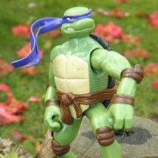 Figuras y Muñecos Tortugas Ninja: MUÑECO TORTUGAS NINJA DONATELLO DE 15 CM MARCA PLAYMATES TOYS. Lote 46358046