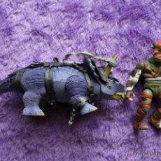 Figuras y Muñecos Tortugas Ninja: TMNT DINO RUNNER TRICERATOPS + RAT KING PALEO PATROL TEENAGE MUTANT NINJA TURTLES. Lote 48629107