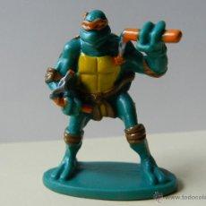 Figuras y Muñecos Tortugas Ninja: FIGURA TORTUGA NINJA MIRAGE STUDIOS INC 2003 TORTUGAS MICHELANGELO NARANJA CON NUNCHAKUS. Lote 52339248