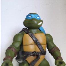 Figuras y Muñecos Tortugas Ninja: FIGURA 30CM. TORTUGA NINJA - LEONARDO - MIRAGE STUDIOS - PLAYMATES TOYS 2002. Lote 90912907
