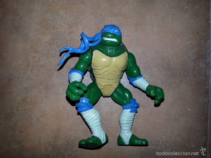 TORTUGA NINJA ARTICULADA (Juguetes - Figuras de Acción - Tortugas Ninja)