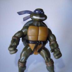 Figuras y Muñecos Tortugas Ninja: FIGURA DE ACCIÓN TORTUGAS NINJA TURTLES TMNT DONATELLO PLAYMATES 2003. Lote 66080514