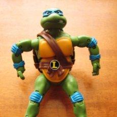 Figuras y Muñecos Tortugas Ninja: FIGURA TORTUGA NINJA LEONARDO ARTICULADA. VIACOM. AÑO 2012.. Lote 71014385