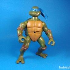 Figuras y Muñecos Tortugas Ninja: TORTUGA LEONARDO PATADA MECANISMO DE ACCION TORTUGAS NINJA. Lote 92266110