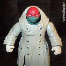 Figuras y Muñecos Tortugas Ninja: RAPHAEL INCOGNITO - LAS TORTUGAS NINJA LA PELICULA 2014 - PLAYMATES. Lote 98483891