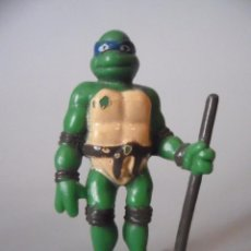 Figuras y Muñecos Tortugas Ninja: TMNT TORTUGAS NINJA FIGURA DE PLASTICO DURO KINDER. Lote 113156163