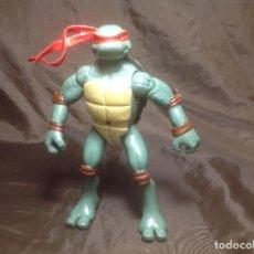 Figuras y Muñecos Tortugas Ninja: RAPHAEL TORTUGAS NINJA 15 CM PLAYMATES 2006 ARTICULACIONES CADERAS FLOJAS. Lote 115505355