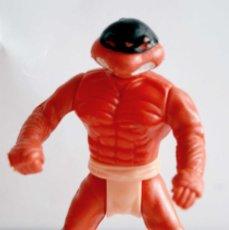 Figuras y Muñecos Tortugas Ninja: RARA TORTUGA NINJA ROJA TMNT ARTICULADA ANTIGUA GOMA Y PLASTICO DURO MIDE 13 CM COLOR ROJO. Lote 120242599