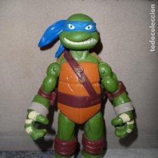 Figuras y Muñecos Tortugas Ninja: TMNT LEONARDO 25CM 2012 VIACOM. Lote 120867895