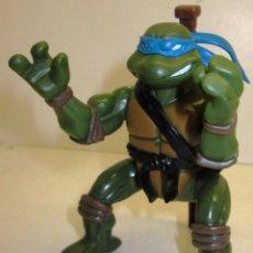 Figuras y Muñecos Tortugas Ninja: FIGURA TORTUGAS NINJA, LEONARDO, TMNT PLAYMATES 2004. Lote 121395939