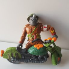 Figuras y Muñecos Tortugas Ninja: TORTUGAS NINJA CON MOTO. Lote 127957476
