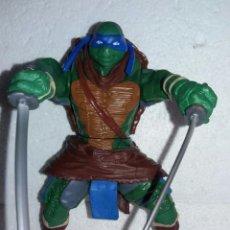 Figuras y Muñecos Tortugas Ninja: TORTUGAS NINJA LEONARDO PLAYMATES FUNCIONANDO SISTEMA DE CADERA. Lote 132132574