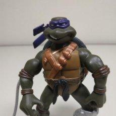 Figuras y Muñecos Tortugas Ninja: 1118- FIGURA ARTICULADA TORTUGA NINJA DONATELLO 11 CMS PLAYMATE 2005 Nº 25. Lote 178931998