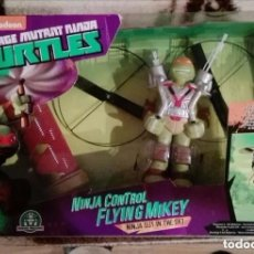 Figuras y Muñecos Tortugas Ninja: TORTUGA NINJA FLYING MIKEY ACTION VOLADOR.SIN ABRIR. . Lote 150486538