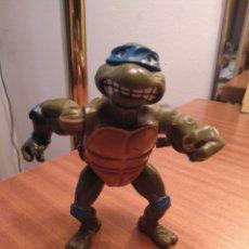 Figuras y Muñecos Tortugas Ninja: TORTUGA NINJA MIRAGE STUDIOS 1990 PLAYMATES TOYS. CUERDA GIRA BRAZO DERECHO. Lote 168302418