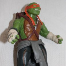 Figuras y Muñecos Tortugas Ninja: TORTUGA NINJA DE PLAYMATES 27CM. 2012. Lote 172348649