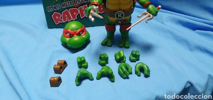 Figuras y Muñecos Tortugas Ninja: Figura raphael turtles hybrid metal tortugas ninja viacom 2016 + regalo . Ver - Foto 3 - 177425317