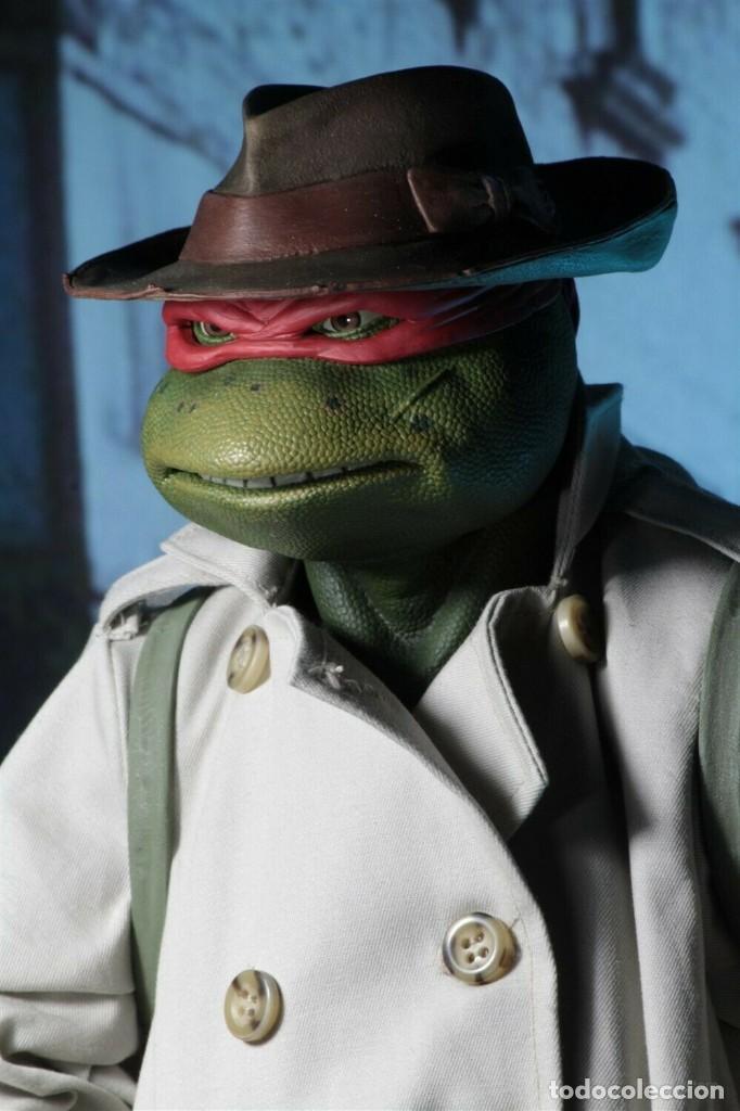 Figuras y Muñecos Tortugas Ninja: NECA FIGURA Raphael CON Disfraz Teenage Mutant Ninja Turtles escala 18 - 2018 ORIGINAL NUEVA 40.CM - Foto 11 - 183527697