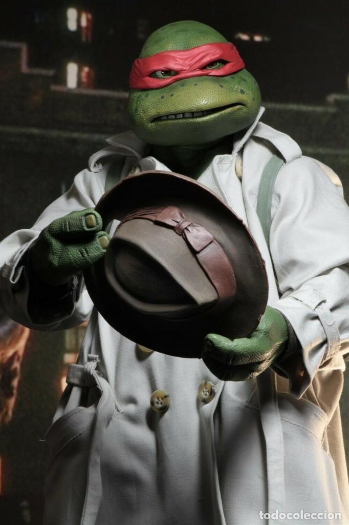Figuras y Muñecos Tortugas Ninja: NECA FIGURA Raphael CON Disfraz Teenage Mutant Ninja Turtles escala 18 - 2018 ORIGINAL NUEVA 40.CM - Foto 12 - 183527697